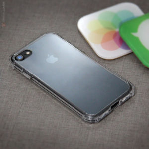 Spiegen iPhone 7 Case Crystal Shell